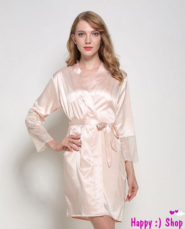 Áo choàng ngủ phi tay viền ren kín đáo màu hồng phấn da đen TK770