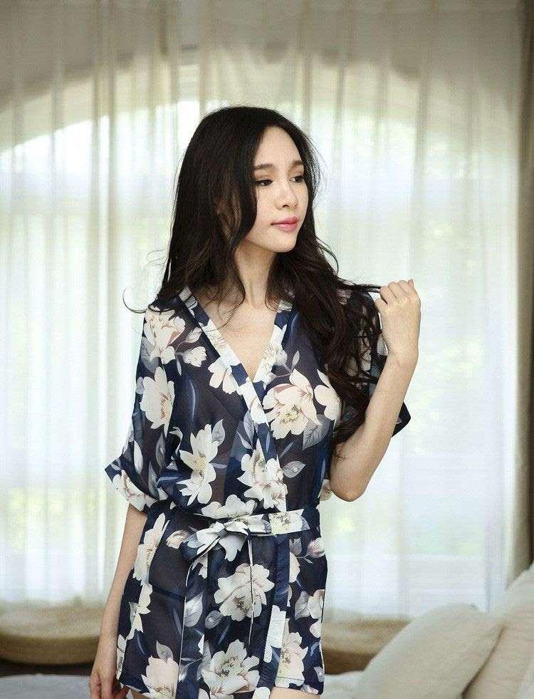 TK723 ao choang kimono xanh hoa trang 3