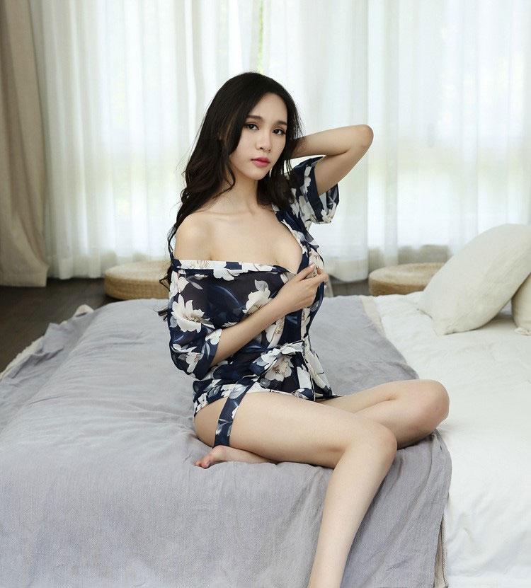 TK723 ao choang kimono xanh hoa trang 4