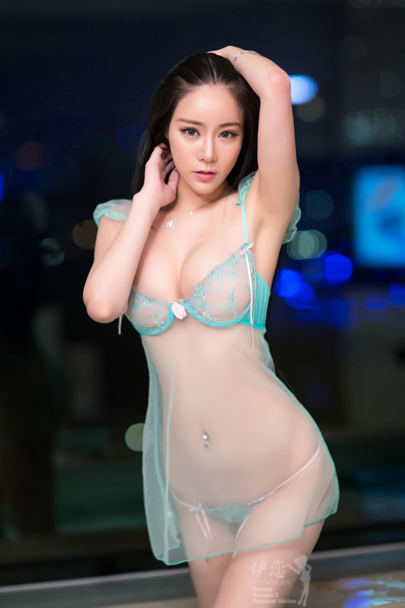 váy ngủ sexy trong suốt