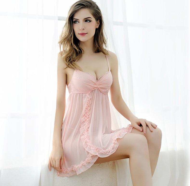 Đầm ngủ mút ngực ren