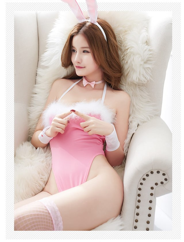 Cosplay thỏ sexy