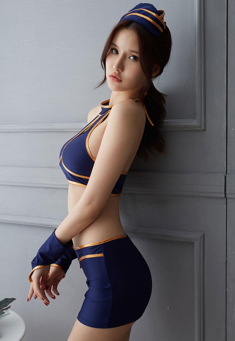 nữ cảnh sát sexy