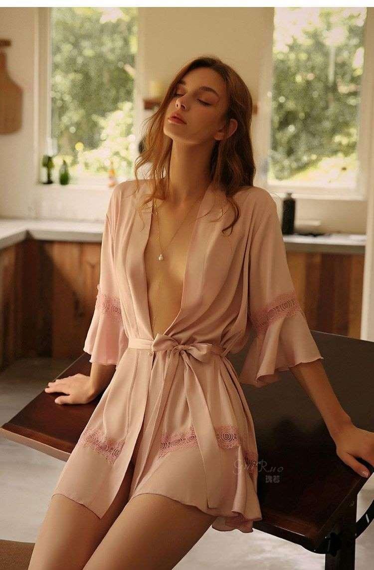 áo choàng nữ