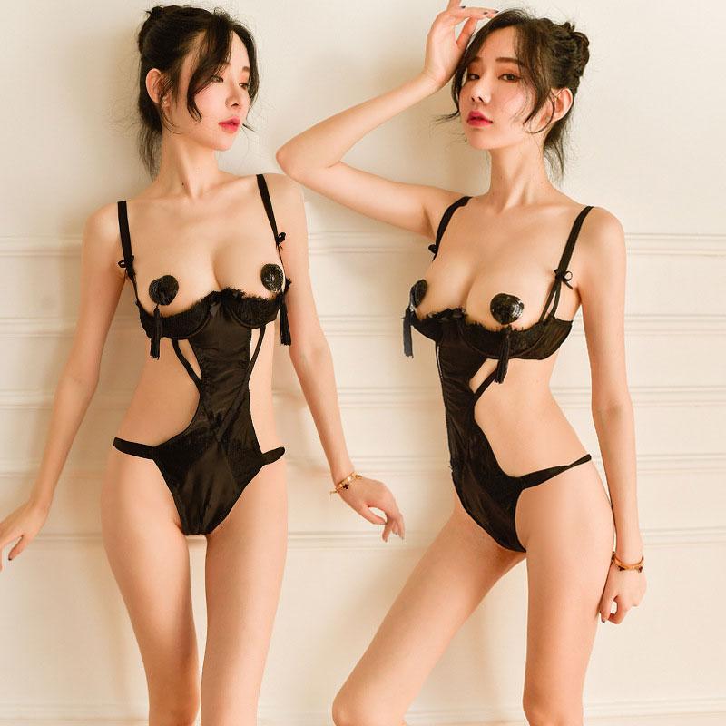 áo liền thân hở ngực