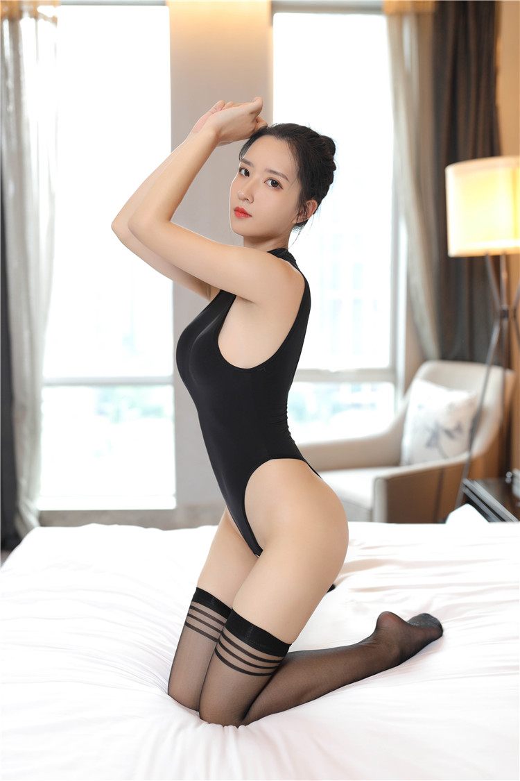 bodysuit nóng bỏng