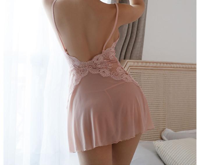 váy ngủ hở lưng