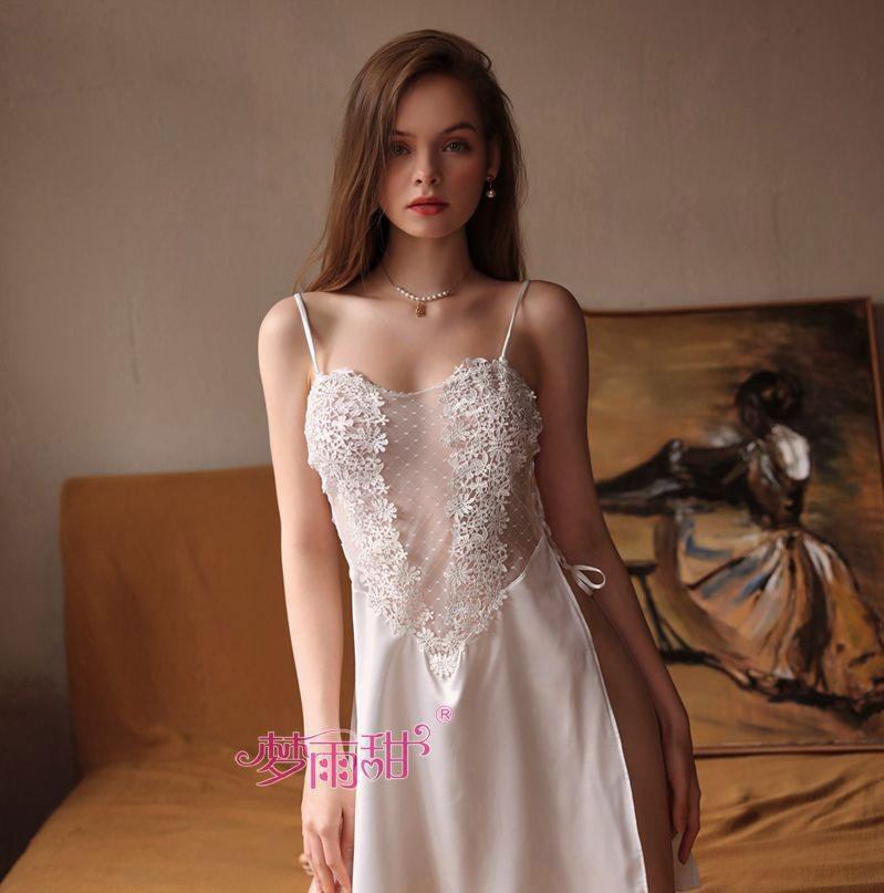 váy ngủ ngực hoa