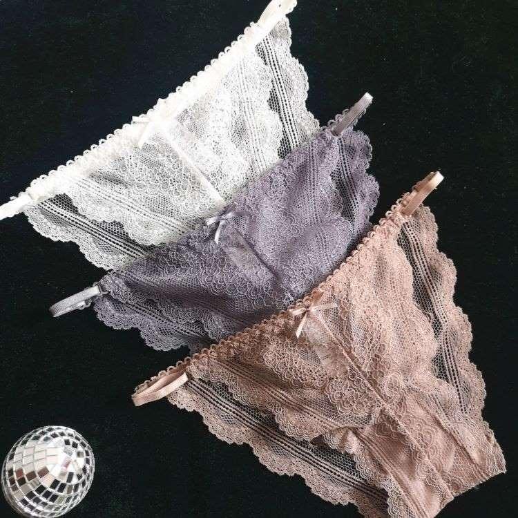 quần lót ren mềm mại