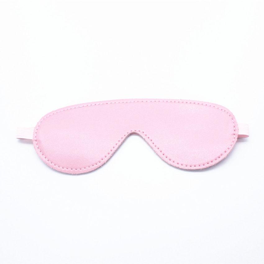 bịt mắt tình yêu màu hồng